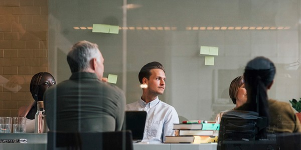 Wie Sie erfolgreich in den neuen Job starten: Die erste Woche, der erste Monat und die ersten 90 Tage preview image